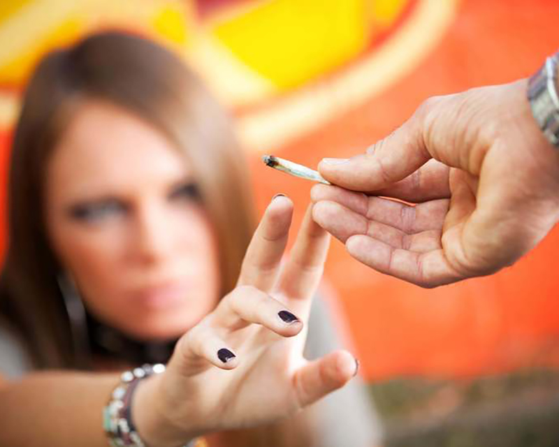 detective teenager drugs addiction // υποθέσεις ανηλίκων - εφήβων